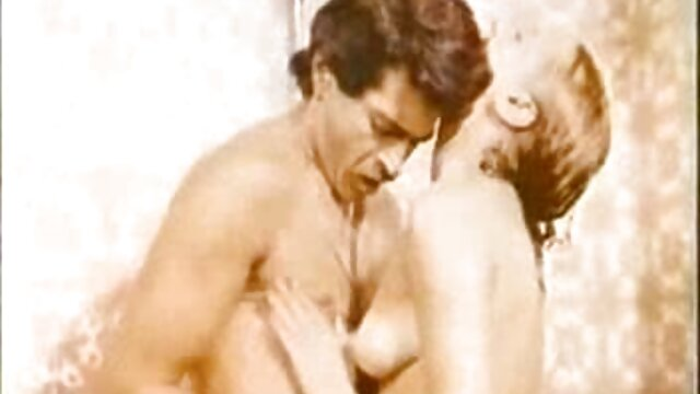 A legjobb pornó nincs regisztráció  Alacsony sztriptíz, lenyűgöző szex film mobilra maszturbáció