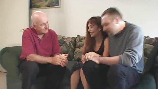 A legjobb pornó nincs regisztráció  Női divat, gyönyörű fehérnemű, a nők készen állnak a faszra egy férfival minden sexmasszázs videók lyukban