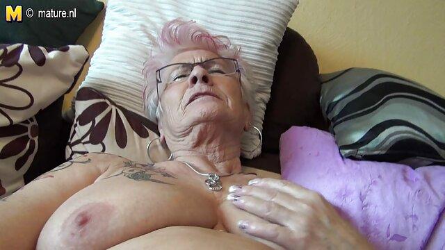 A legjobb pornó nincs regisztráció  A póráz egy kutya, hogy fiatal, hogy neki kapzsi, szex videók pornó könyörtelenül finom édes tőle