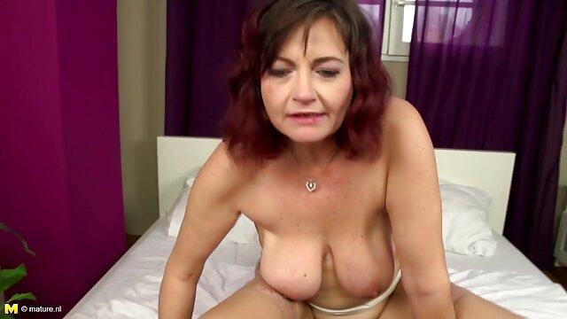 A legjobb pornó nincs regisztráció  Punci egy szőke pornó modell lesz a szex simogatta a tutti frutti szex videok kamera előtt