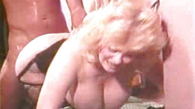 A legjobb pornó nincs regisztráció  A tini lány első casting pisi tőle a seggét során gruppen szex videó casting