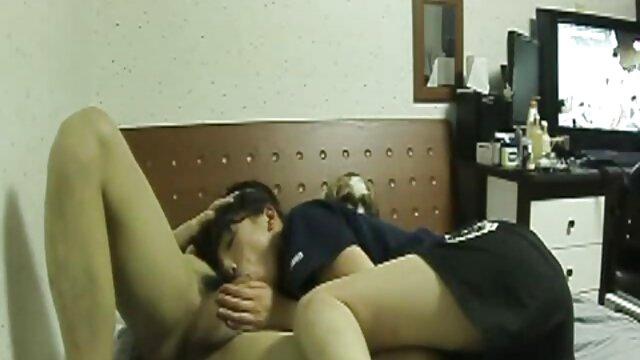 A legjobb pornó nincs regisztráció  Katonai még bilincs egy ártatlan inda szex video lány szex közben