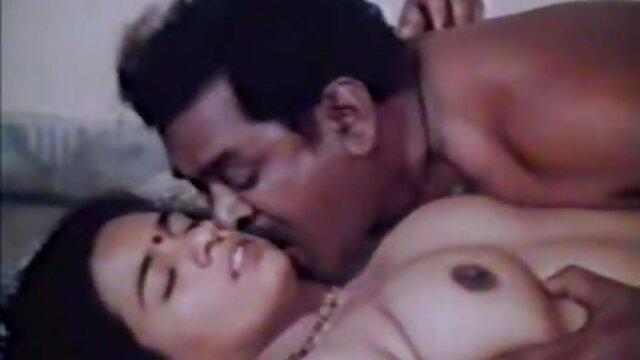 A legjobb pornó nincs regisztráció  Végtelen Julie szexi csajok video ribanc, mély lyuk nehéz elhinni
