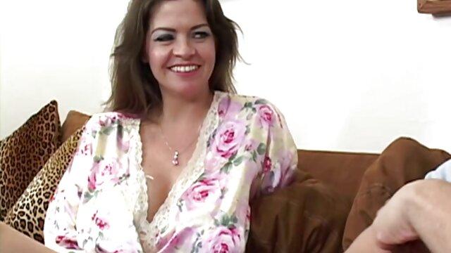 A legjobb pornó nincs regisztráció  Punci erotikus szex videok egy szőke, egy nagy fasz után simogatta teljes mellei