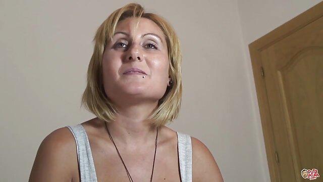 A legjobb pornó nincs regisztráció  Nővérem Ambal szeret, hogy retró szex filmek a kölcsönös orgazmus